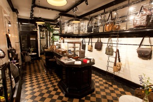 Property-Of-store-in-a-cafe-Amsterdam-02